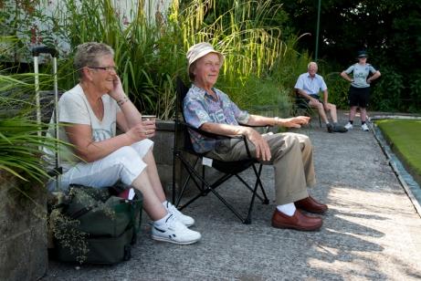 Spectators 2
